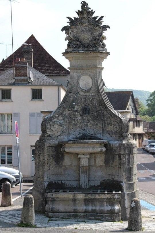 fontaine roche guyon