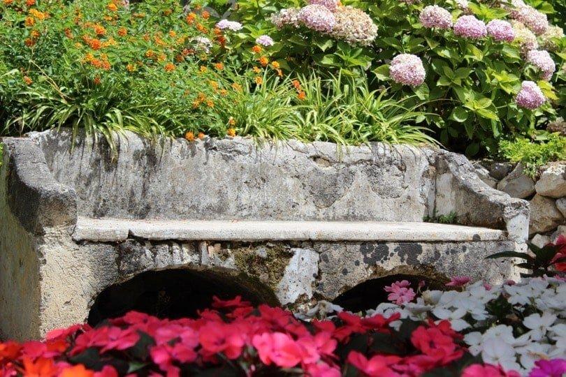 banc et fleurs villa rufolo