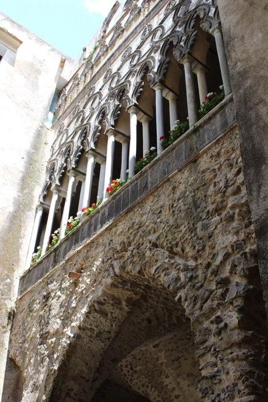 cour intérieure vue du bas villa Rufolo