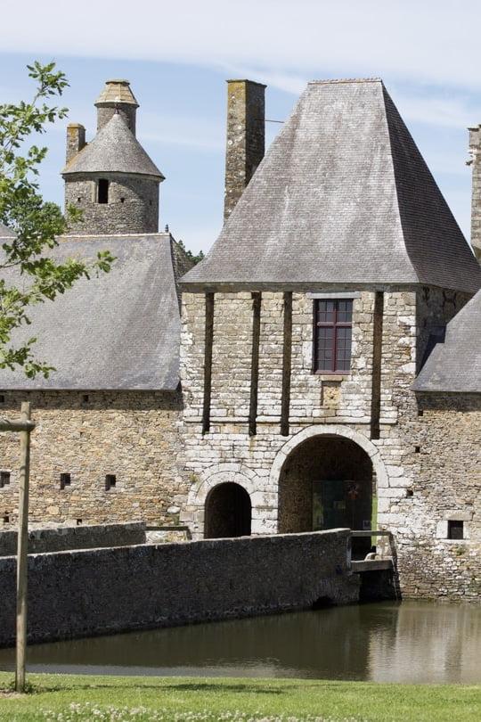 Entrée du château de Gratot proche de Coutances