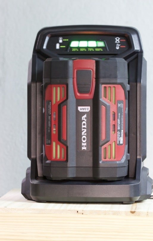 Chargeur de batterie rapide pour outils de jardin sans fil Honda