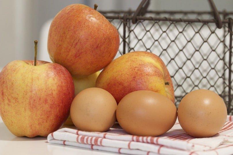 Ingrédients pour le gâteau aux pommes