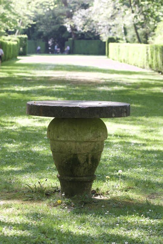 Allée de la Table du château de Courances