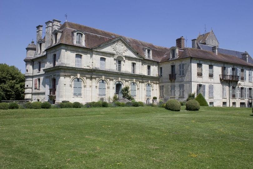 Façade sud du château d'Ambleville