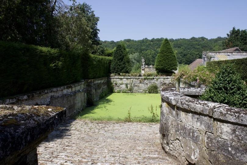 Pédiluve du château d'Ambleville