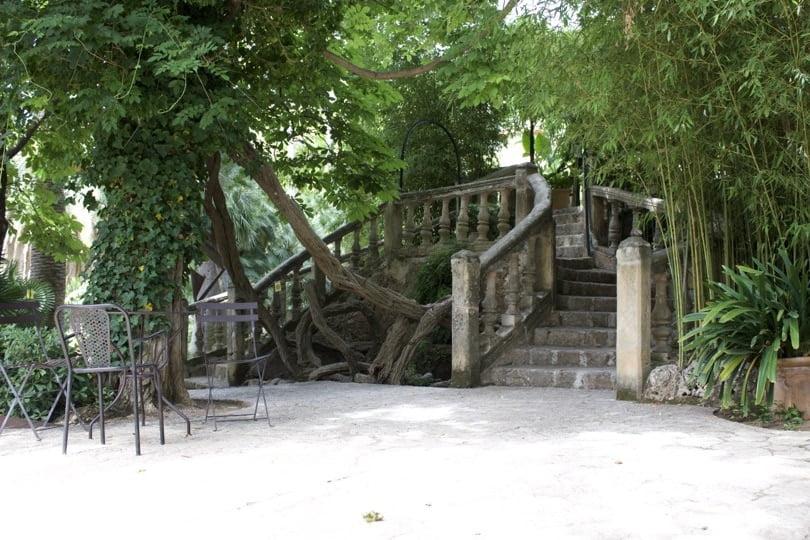 Escaliers vers la maison dans les jardin d'Alfàbia