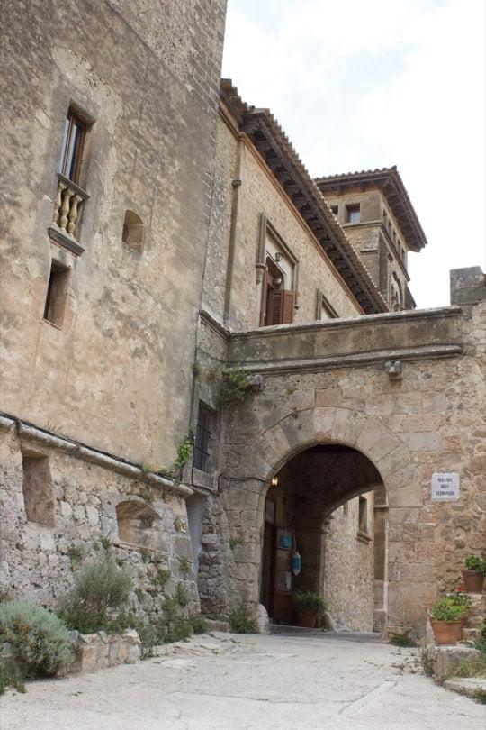 Découvrir Majorque, les ruelles de Valldemossa.