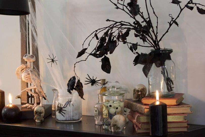 Le laboratoire des curiosités d'Halloween.