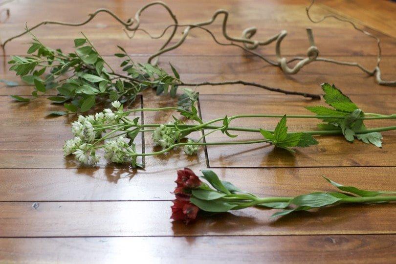 Préparation des végétaux avant la réalisation d'un Ikebana