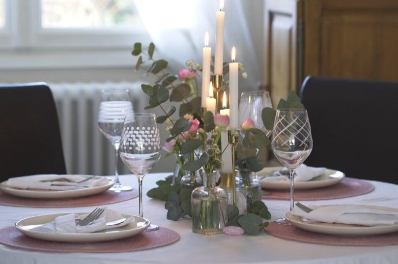 Une jolie table illuminée pour la Saint-Valentin