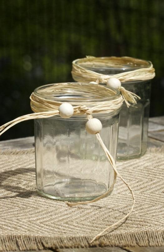 Pots de confiture transformés en vases