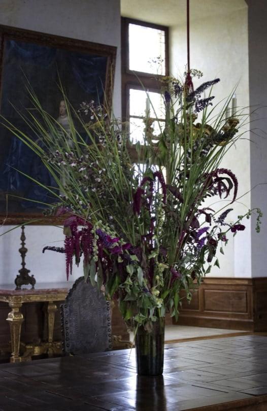 Hautefort, un château fleuri
