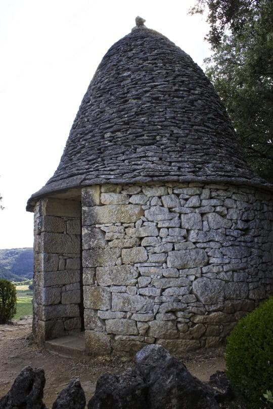 Cabane en pierre sèche aux jardins de Marqueyssac