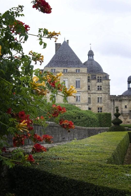 Entrée du château de Hautefort
